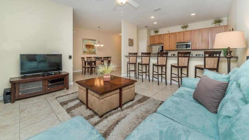 4 Bedroom 3 Bath Town Home With Pool in Paradise Palms. 8971COCO - Image 1 - Kissimmee - rentals