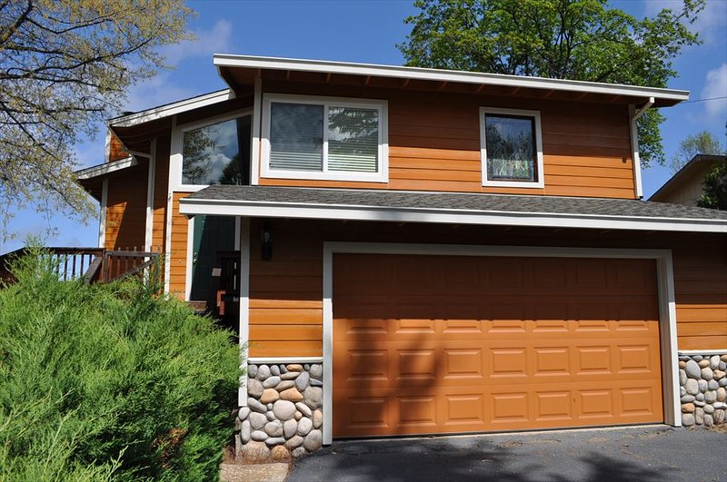 Unit 4 Lot 44 LOCATION! 250yds > Lake Lodge Beach Pine Mountain Lake Vacation Rental Randys House - LOCATION! 250yd>LkLodgeBeach WIFI NrYosemite Slp10 - Groveland - rentals