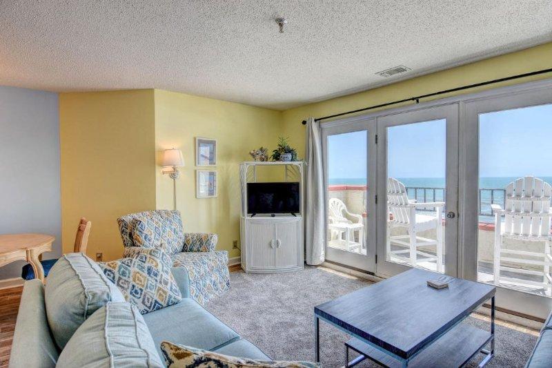 Living Room - Villa Capriani 416-A Oceanfront | 3 Pools, Largest Pool on NC Coast, 2 Hot - North Topsail Beach - rentals