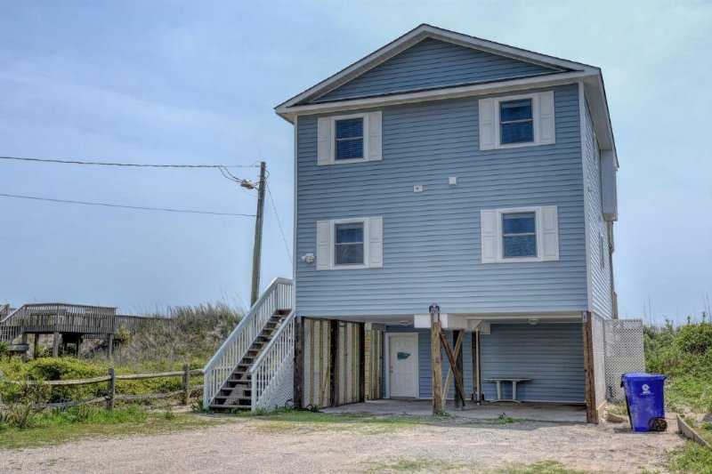 3004 Island Drive  - Island Drive 3004 Oceanfront! | Internet. Discounts Available- See Description - North Topsail Beach - rentals