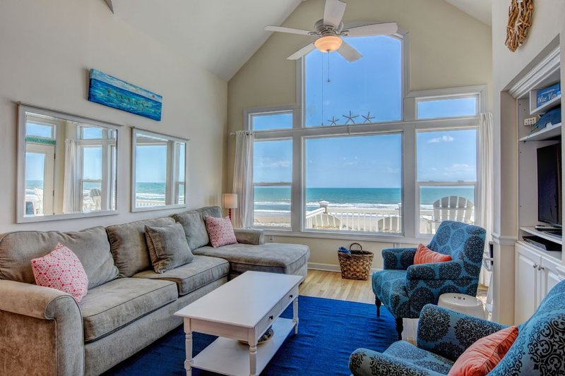 Living Room with Ocean View - Summer Winds A - Blue View - Surf City - rentals
