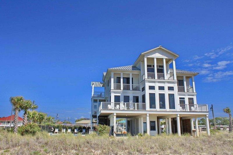 Southern Splendor - Image 1 - Saint George Island - rentals