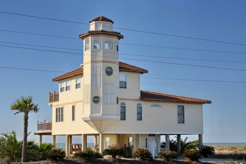 Lighthouse By The Sea - Image 1 - Saint George Island - rentals