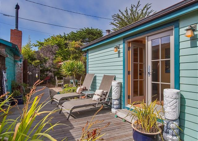 Charming updated casita just one block from the beach. - Image 1 - Stinson Beach - rentals