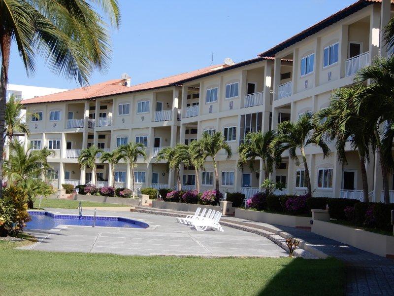 Playa Barqueta Beachfront Condo - Private end unit - Image 1 - David - rentals