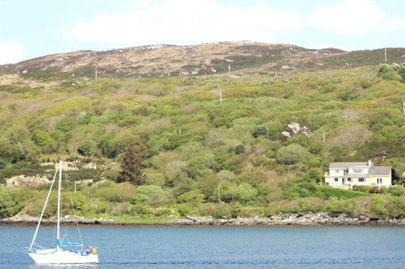 Derryinver House - Spectacular views, Walking distance to Beach & Clifden Town. - Image 1 - Clifden - rentals
