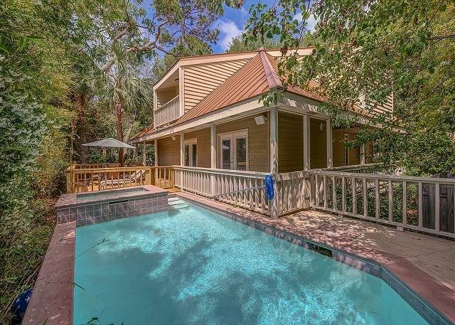 Exterior - 15 Avocet Street- Pool/Spa, Quick Walk to Beach & Coligny Plaza - Hilton Head - rentals