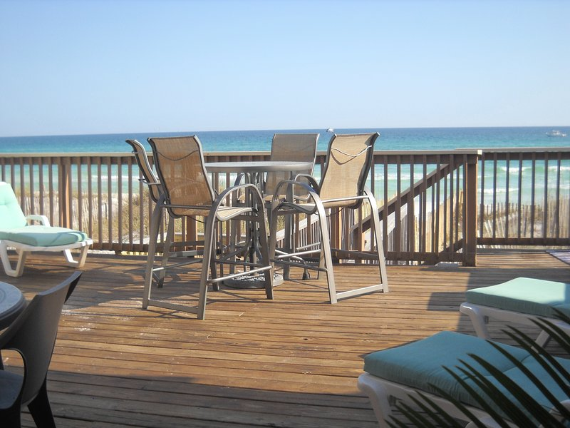 From Huge Main Deck. Steps from the water at Crystal Beach, in Destin  - IRRESISTIBLE! DESTIN GULF FRONT 4BR, 4B**FALL FAMILY SPECIALS** HUGE 3000 sq' - Destin - rentals