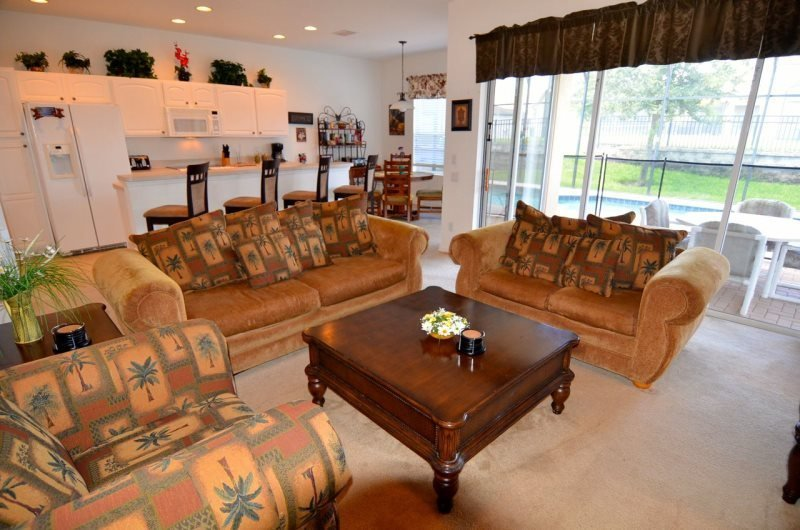 7737TB. 4 Bedroom 4 Bath Pool Home in The Five-Star Gated Community Of Windsor - Image 1 - Four Corners - rentals