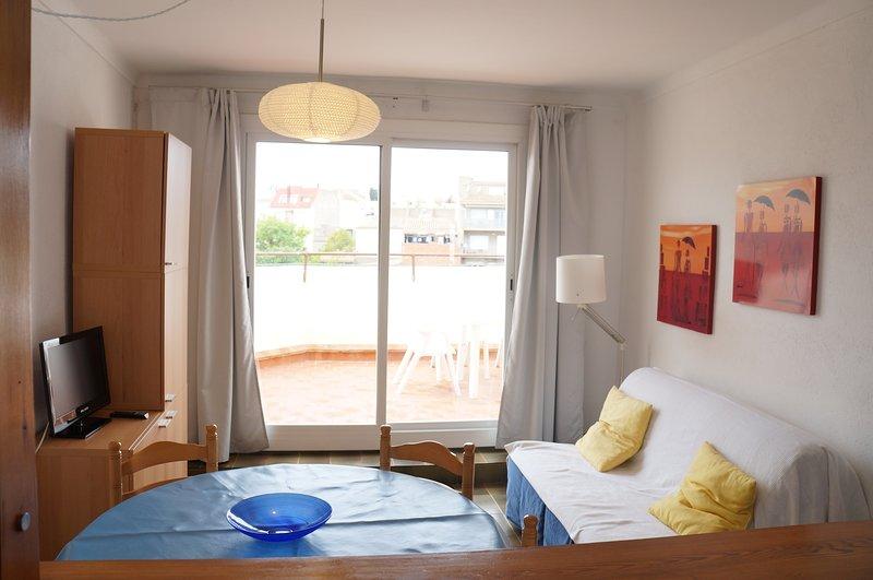 Costabravaforrent Masferrer 6, 2 bed apartment 300m to beach - Image 1 - L'Escala - rentals