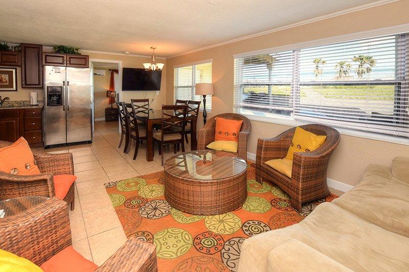 JUNE/JULY $PECIALS - OCEANFRONT TOWNHOUSE - 4BR/2BA - NORTH VILLA - Image 1 - Daytona Beach - rentals