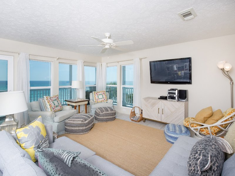 Beachfront Corner Unit - steps from Deck to Beach - Image 1 - Santa Rosa Beach - rentals
