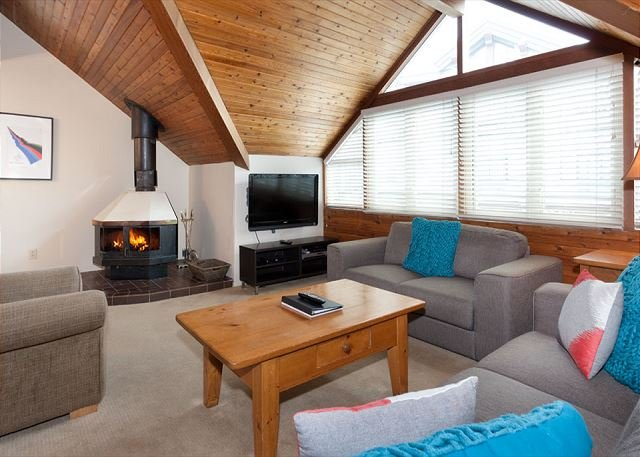 Fitzsimmons A | Sizable 3 Bedroom + Loft Condo in Heart of Whistler Village - Image 1 - Whistler - rentals
