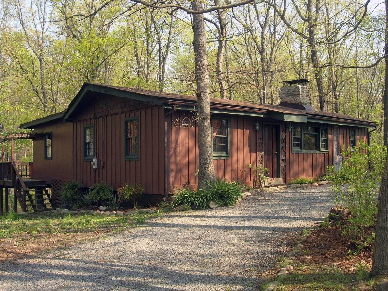 Mountain Whisper Cabin - Image 1 - Luray - rentals