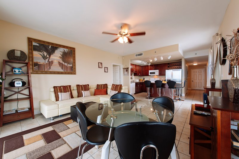 Best Prices,Large Condo with Wrap Around Balcony, - Image 1 - Panama City - rentals