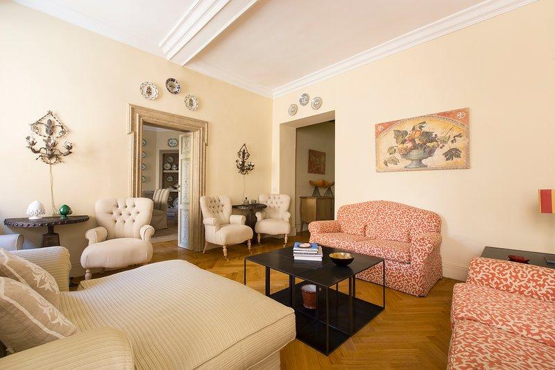 onefinestay - Via Giulia private home - Image 1 - Rome - rentals