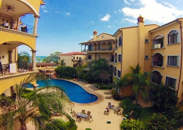 Great hacienda style condo- a/c, pool, across the street from the beach - Image 1 - Tamarindo - rentals