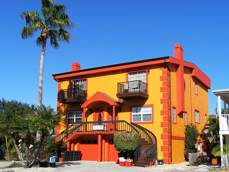 Seaside Villas townhouse - located in Siesta Key Village a short walk from Crescent Beach on Siesta Key - Seaside Villas Seaside Villas Unit 4BR 5239-3/5241-1 - Siesta Key - rentals