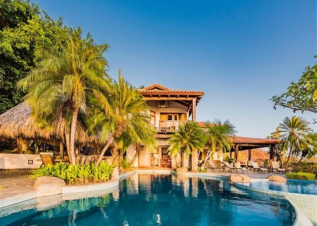 6 bd with views, infinity pool and natural mosquito control system - Image 1 - Tamarindo - rentals