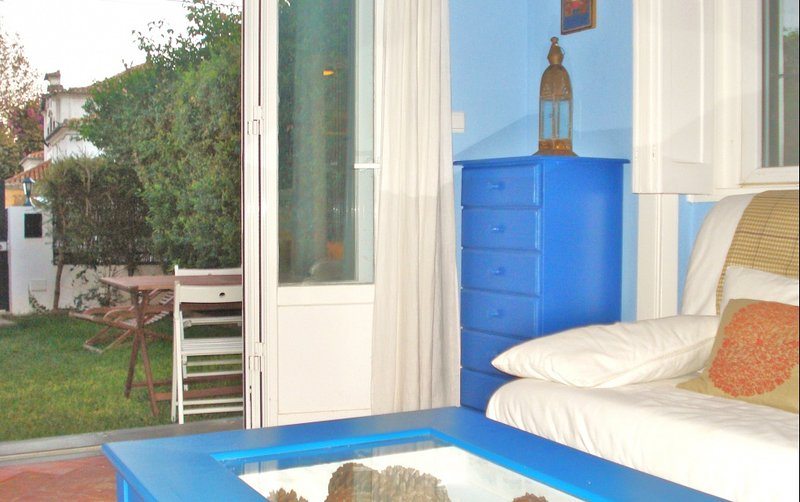 Apartment Cascais: The Bluebird Cottage - Image 1 - Cascais - rentals
