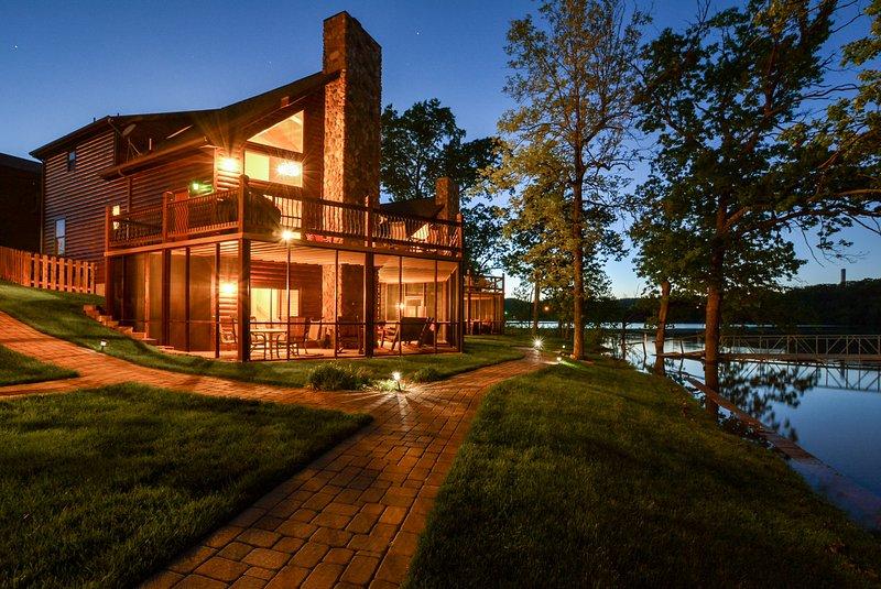 Luxury Lakefront Log Chalet~POOL~SLIP~50ft to Lake - Image 1 - Lampe - rentals