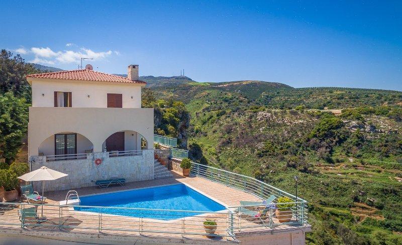 Villa Selini - Image 1 - Agía Eiríni - rentals