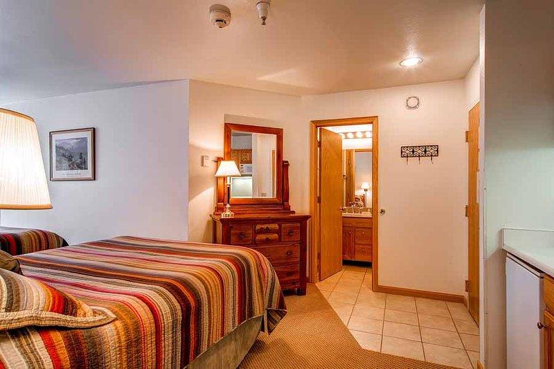 River Mountain Lodge #W227B - Image 1 - Breckenridge - rentals