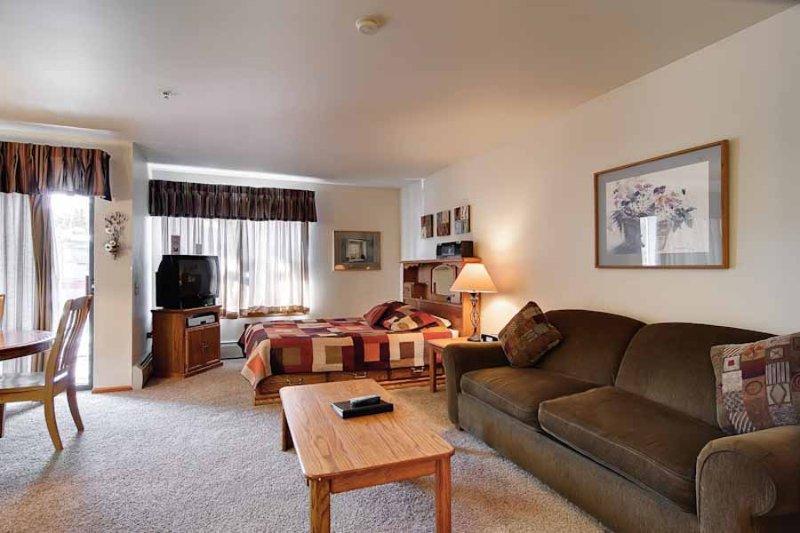 River Mountain Lodge #W406 - Image 1 - Breckenridge - rentals