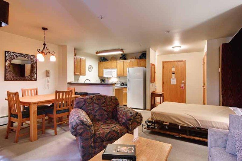 River Mountain Lodge #W209 - Image 1 - Breckenridge - rentals