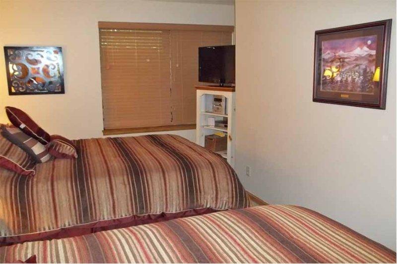 River Mountain Lodge #E121B - Image 1 - Breckenridge - rentals