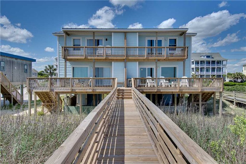 Granna's Beach House - Image 1 - Emerald Isle - rentals