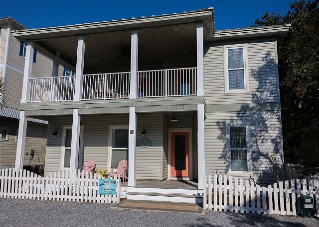 July 8-15 Available!Steps Away from the Beach! Updated 3 Bedroom Private Pool - Image 1 - Destin - rentals