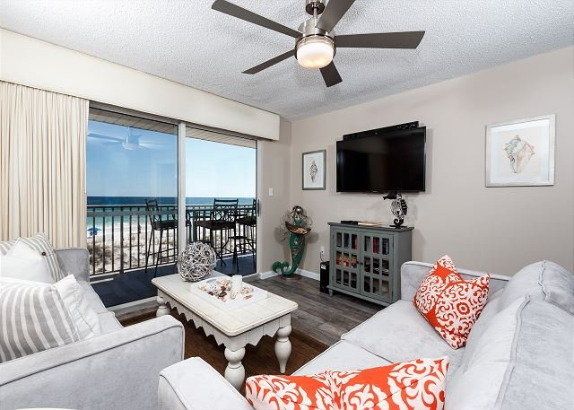 This newly redecorated condo is absolutely stunning with the bes - TP 203: 2017 UNIT UPDATES GALORE!! YOU'LL LOVE THIS COASTAL CONDO NO DOUBT!! - Fort Walton Beach - rentals