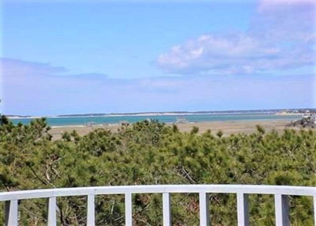 PANORAMIC VIEWS OF THE BAY ON THE OUTER CAPE! - Image 1 - Eastham - rentals