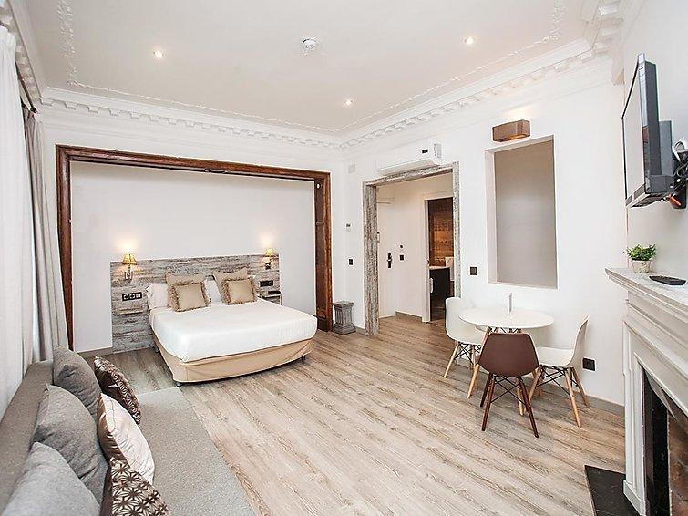 1 bedroom Apartment in Barcelona, Barcelona, Spain : ref 2299063 - Image 1 - Barcelona - rentals