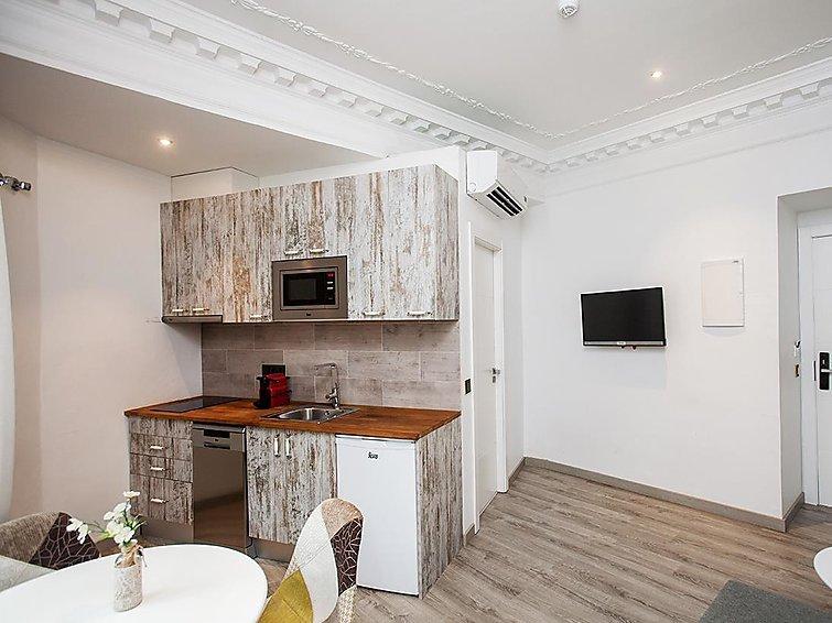 1 bedroom Apartment in Barcelona, Barcelona, Spain : ref 2298633 - Image 1 - Barcelona - rentals