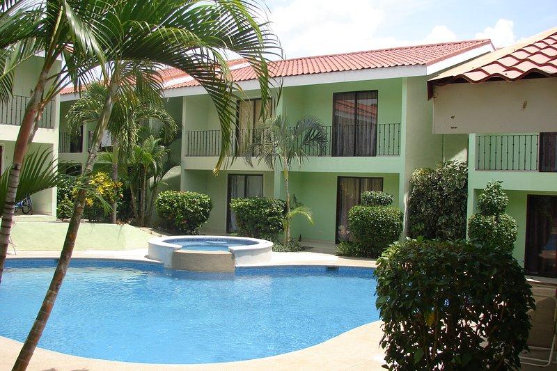 2BR/2BA Villa Sleeps 6 w/ Pool 24 km to Liberia airport - Image 1 - Playas del Coco - rentals