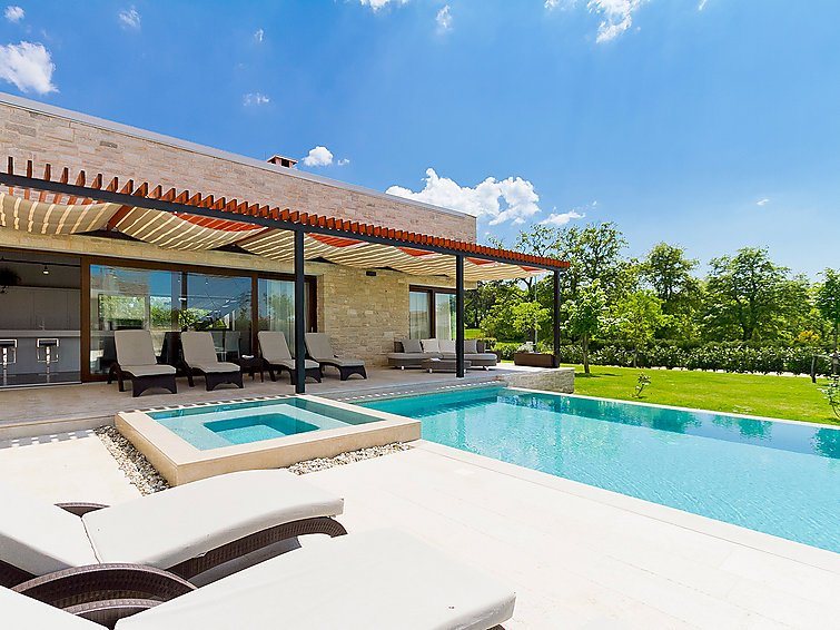 4 bedroom Villa in Sveti Petar u Sumi, Istria, Croatia : ref 2236266 - Image 1 - Sveti Petar u Sumi - rentals