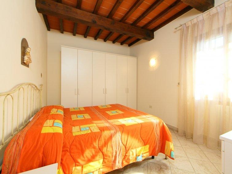 8 bedroom Villa in Fucecchio, Florence Countryside, Italy : ref 2217628 - Image 1 - Galleno - rentals