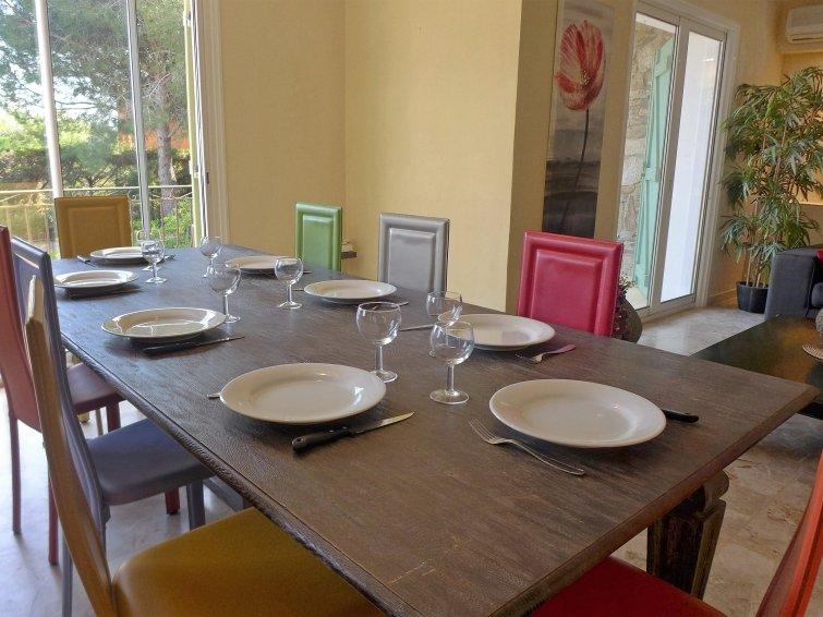 4 bedroom Villa in Bormes les Mimosas, Cote d'Azur, France : ref 2024926 - Image 1 - Bormes-Les-Mimosas - rentals