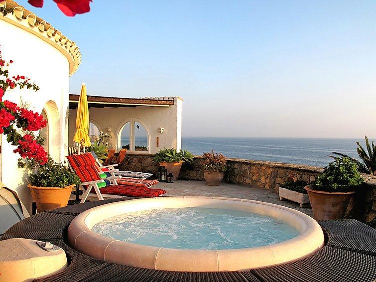 3 bedroom Villa in Zahara de los Atunes, Costa de la Luz, Spain : ref 2009923 - Image 1 - Zahara de los Atunes - rentals