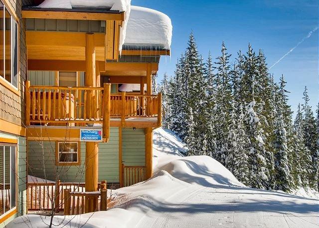 Silver Tip Ski In - Silver Tip 6 Upper Snow Pines Location Sleeps 6 - Big White - rentals