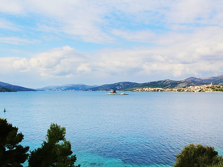 5 bedroom Villa in Trogir Okrug Donji, Central Dalmatia, Croatia : ref 2286572 - Image 1 - Okrug Donji - rentals
