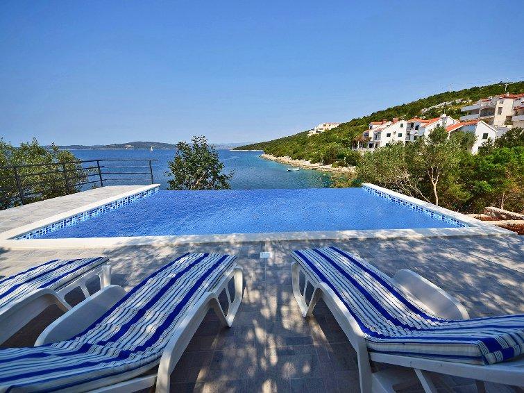 7 bedroom Villa in Solta Maslinica, Central Dalmatia Islands, Croatia : ref - Image 1 - Maslinica - rentals