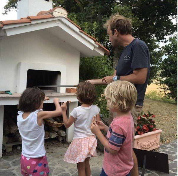 Best. Pizza. Ever. As voted by some tough critics - Casa Chiocciola Country House: Amandola, Italy - Amandola - rentals