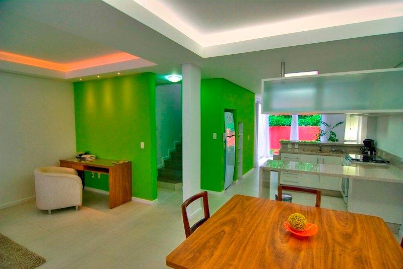 Ideally Located 3 Bed / 3 bath at Praia Mole! - Image 1 - Florianopolis - rentals