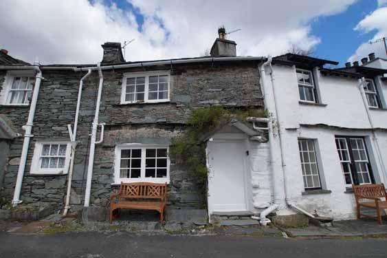BANK VIEW COTTAGE, Chapel Stile - Image 1 - Great Langdale - rentals