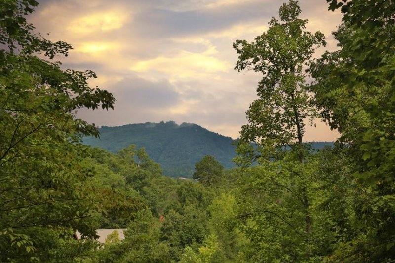 A Stairway to Heaven - Image 1 - Sevierville - rentals