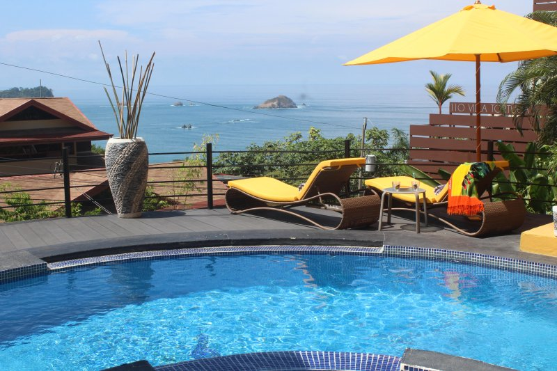 Your Pacific View . . .Every Day - Touch The Pacific! Designer Villa. Minutes to Beach & Town. 11 Years' Experience - Manuel Antonio National Park - rentals