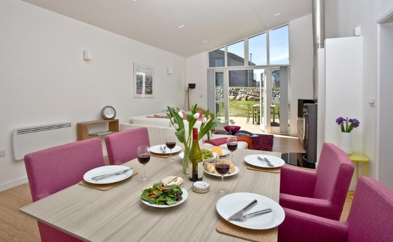 Una Argentum 51 located in St Ives, Cornwall - Image 1 - Saint Ives - rentals